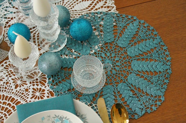 Teal and white modern vintage tablescape